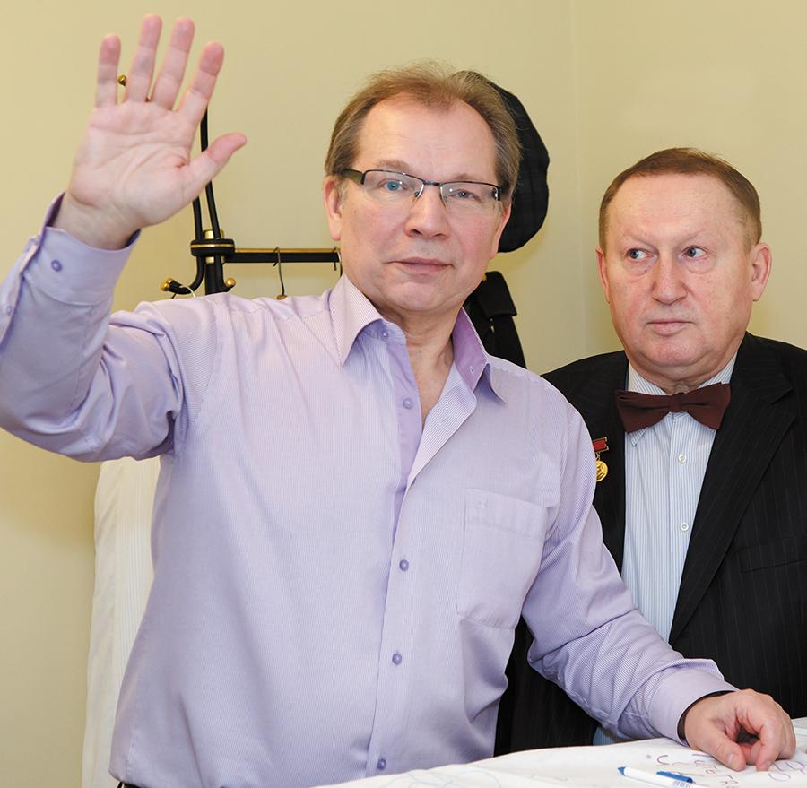 Скатерть мира встретилась с народным артистом и президентом международного благотворительного фонда Юрием Розумом